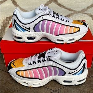 W NIKE AIR MAX TAILWIND IV White/Black-Univer Blue